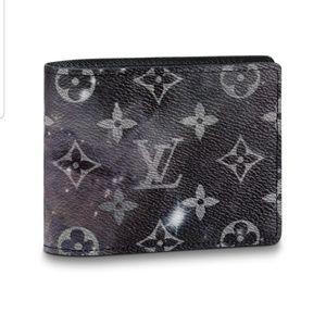 NWT Louis Vuitton Galaxy Multiple Wallet